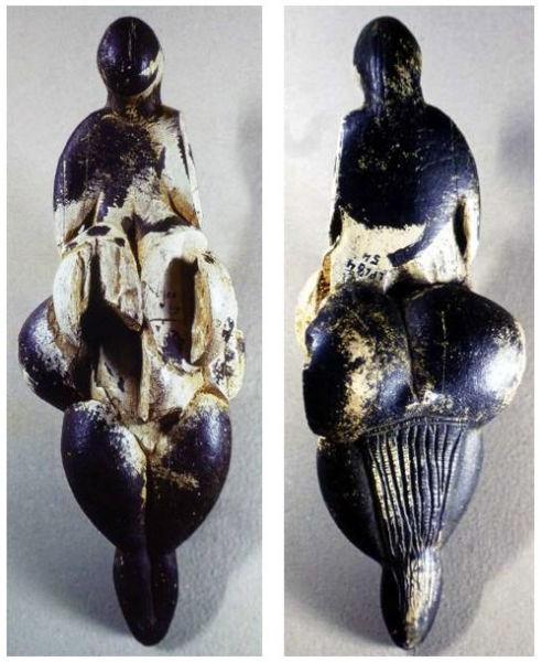 الهه لسبوگ، Lespugue فرانسه، عاج ماموت، حدود 23 هزار سال پیش از میلاد