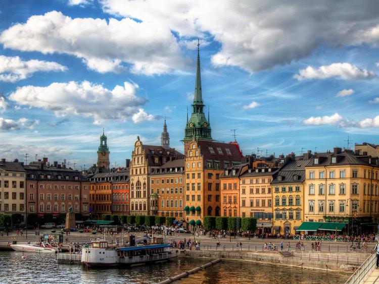 هشت جای فوق العاده دنیا برای رصد شفق قطبی (سوئد)