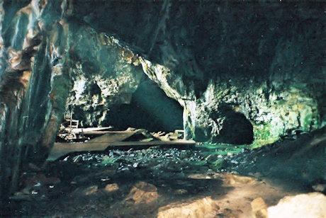 غار زئوس در جزیره کرت