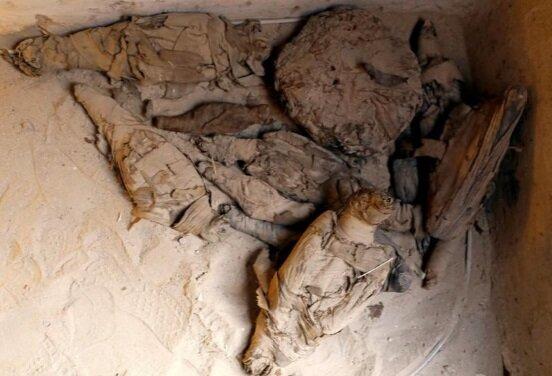 کشف مقبره ای رنگارنگ و حیوانات مومیایی شده در مصر